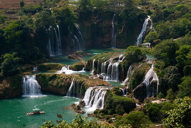 Detian - Ban Gioc Falls are waterfalls on the Guichun River straddling the Sino-Vietnamese border, located in the Karst hills of Daxing County, China and in the district of...