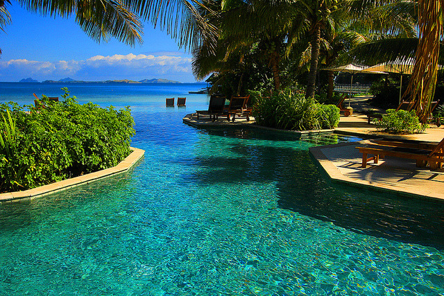 Spectacular infinity pool view at Likuliku Lagoon Resort, Fiji