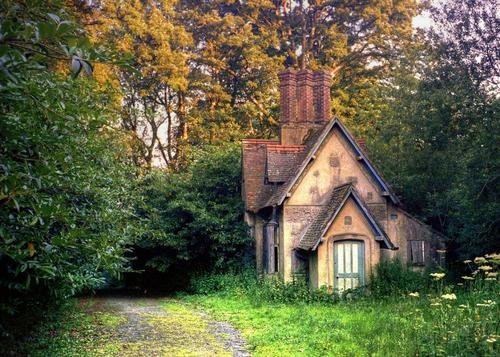 Baynards Park Cottage, Surrey, England