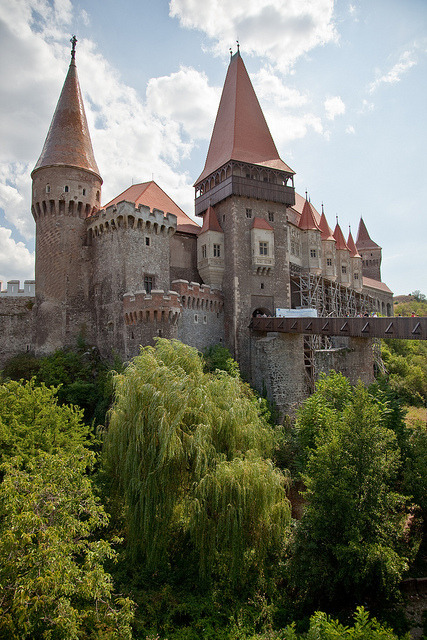 Castelul Huniazilor  in the transylvanian city of Hunedoara, Romania. In 2007 the castle played host to the British paranormal television program Most Haunted Live! for a three-night...